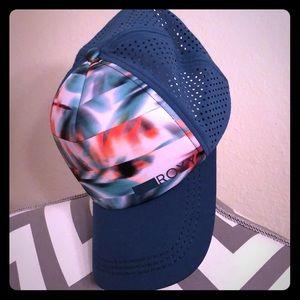 Roxy flowered Trucker Hat